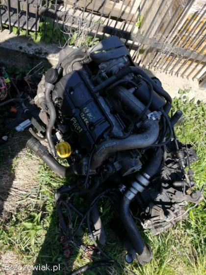 Silnik 1.  9 DCi renault nissan vivaro